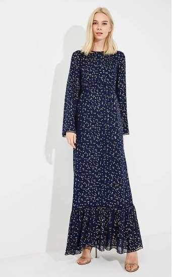 Платье - модель прямого кроя