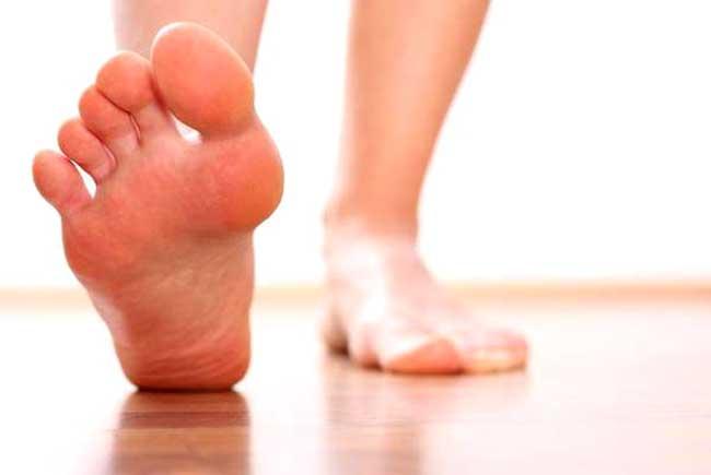 Потливость запах от ног