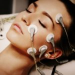 Миостимуляция лица — процедура омоложения