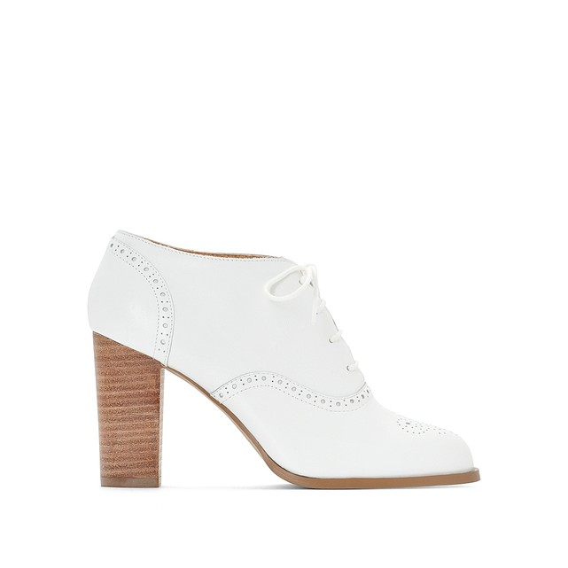 Ботинки-дерби белые на высоком каблуке