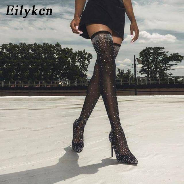Eilyken 2019 моды взлетно-посадочной полосы кристалл Stretch тканевые Носки Ботинки с острым носком выше колена до бедра на высоком каблуке Острый носок Женские ботинки