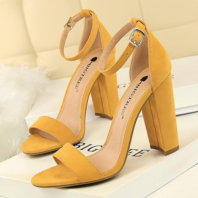 Туфли bigtree Для женщин новые туфли на высоком каблуке Для женщин насосы пикантная женская обувь женские босоножки модные Туфли на каблуке-рюмочке женская свадебная обувь