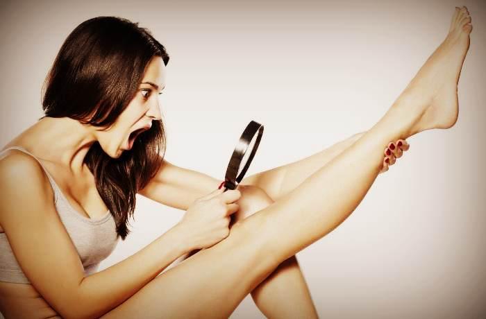 Удаление волос с ног с помощью бритвы