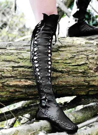 Сапоги-чулки со шнуровкой