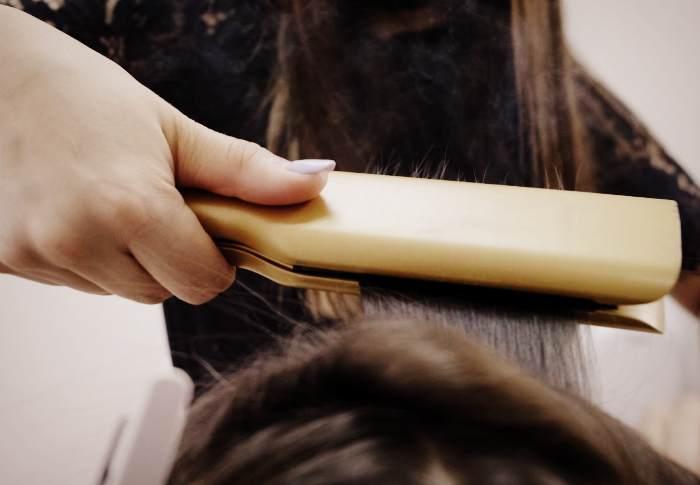 Ламинирование волос при электризации
