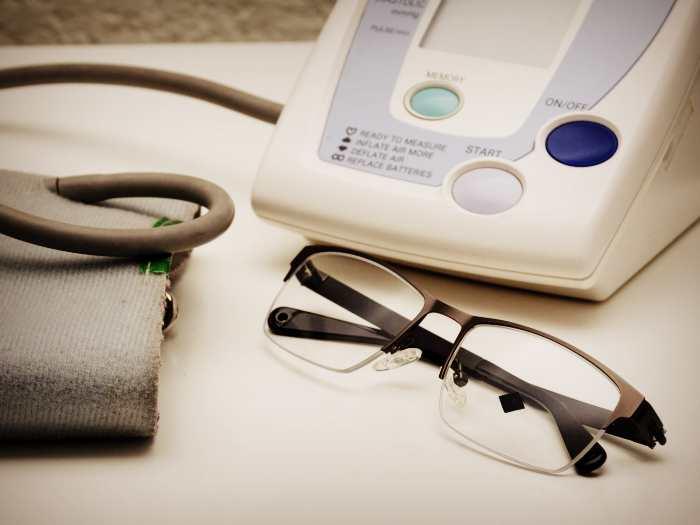 Тонометр ICare для проверки глазного давления