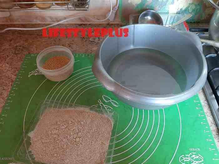 Ингредиенты для ржаных булочек